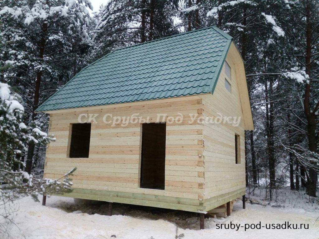Строительство дома из бруса под усадку в зимний период.